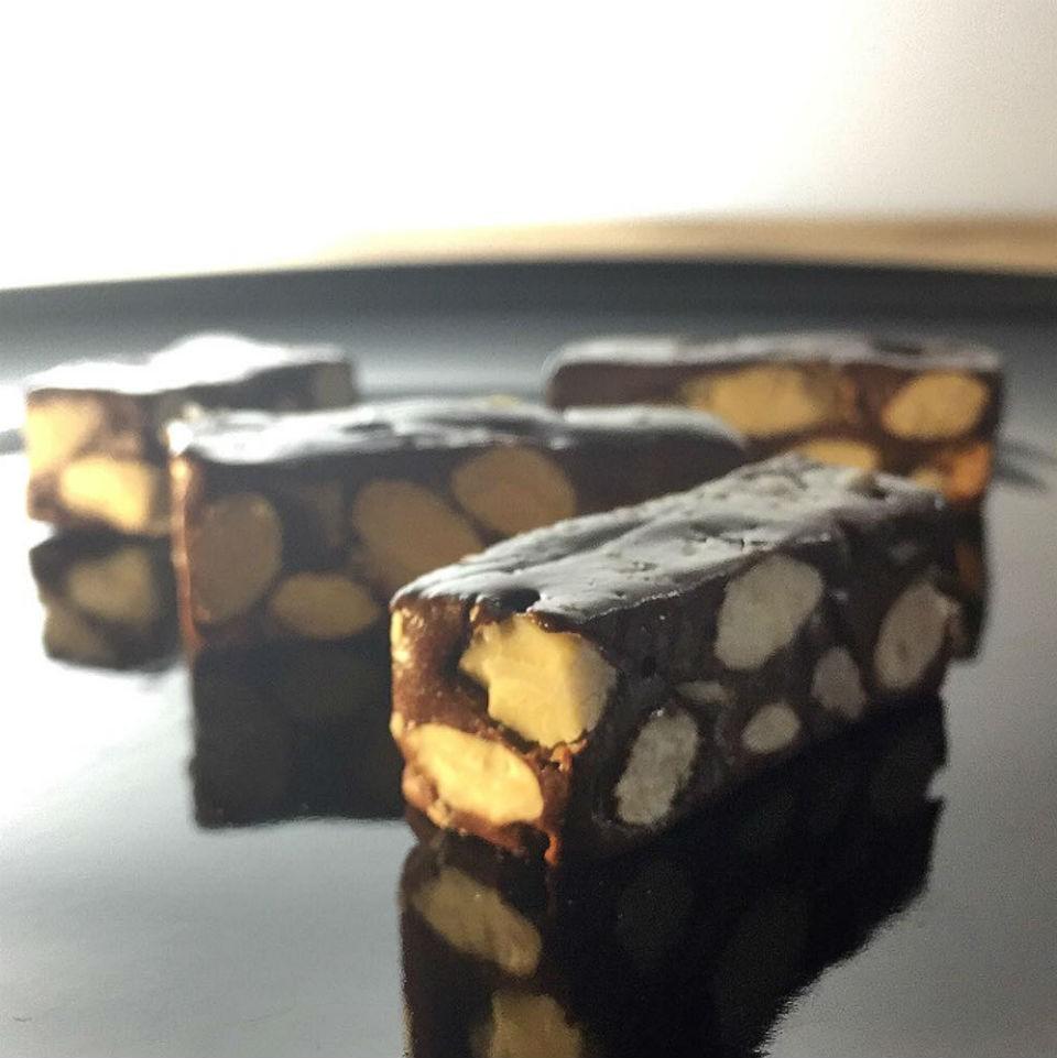 【雄爸鴉片坊年節限量牛軋糖】濃醇巧克力牛軋糖 一試傾心 不黏牙